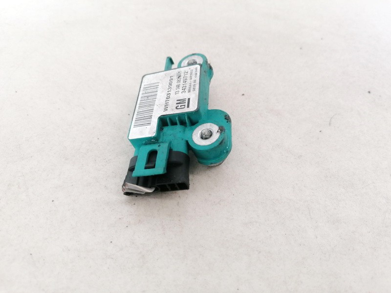 Srs Airbag crash sensor Opel Meriva 2005    1.7 13148083