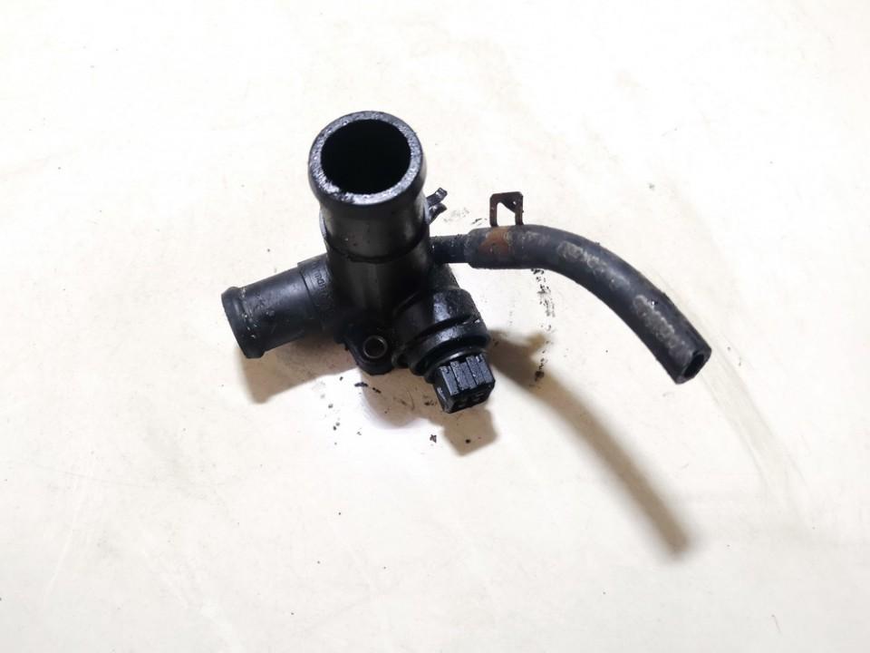 Ausinimo skyscio flansas (Ausinimo sistemos junge, ausinimo skyscio junge) Volkswagen Golf 1988    1.6 068121133ae