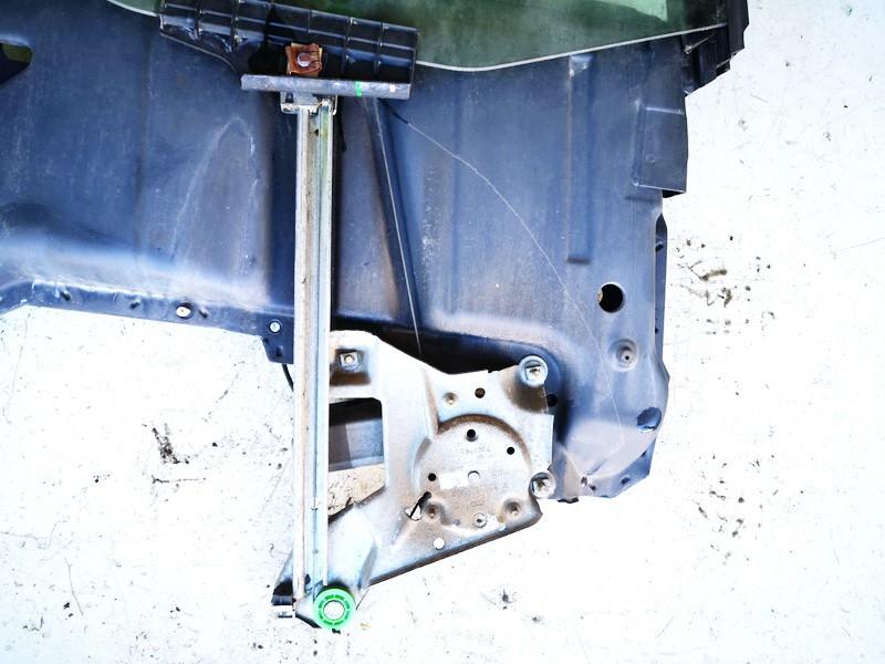 Duru lango pakelejas G.D. Audi A6 1994    2.5 4a0839398a