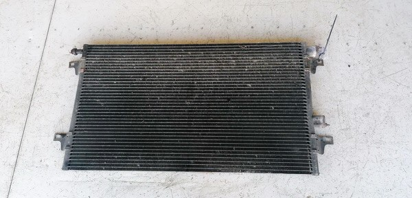 Oro Kondicionieriaus radiatorius Renault Laguna 2001    1.8 710100200F