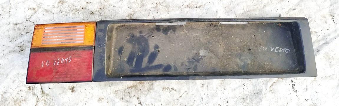 Galinio dangcio isorine apdaila (numerio apsvietimas) Volkswagen Vento 1992    0.0 1h5853481