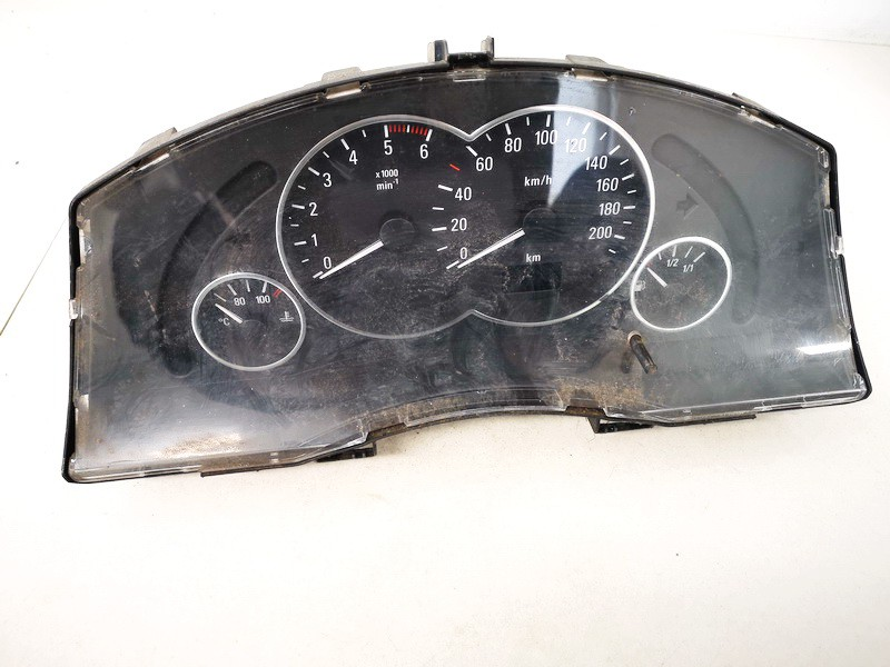 Spidometras - prietaisu skydelis Opel Meriva 2004    1.7 13173381xt