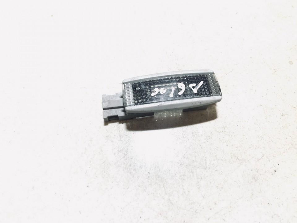 Salono lemputė Volkswagen Golf 2000    1.9 3b0947113
