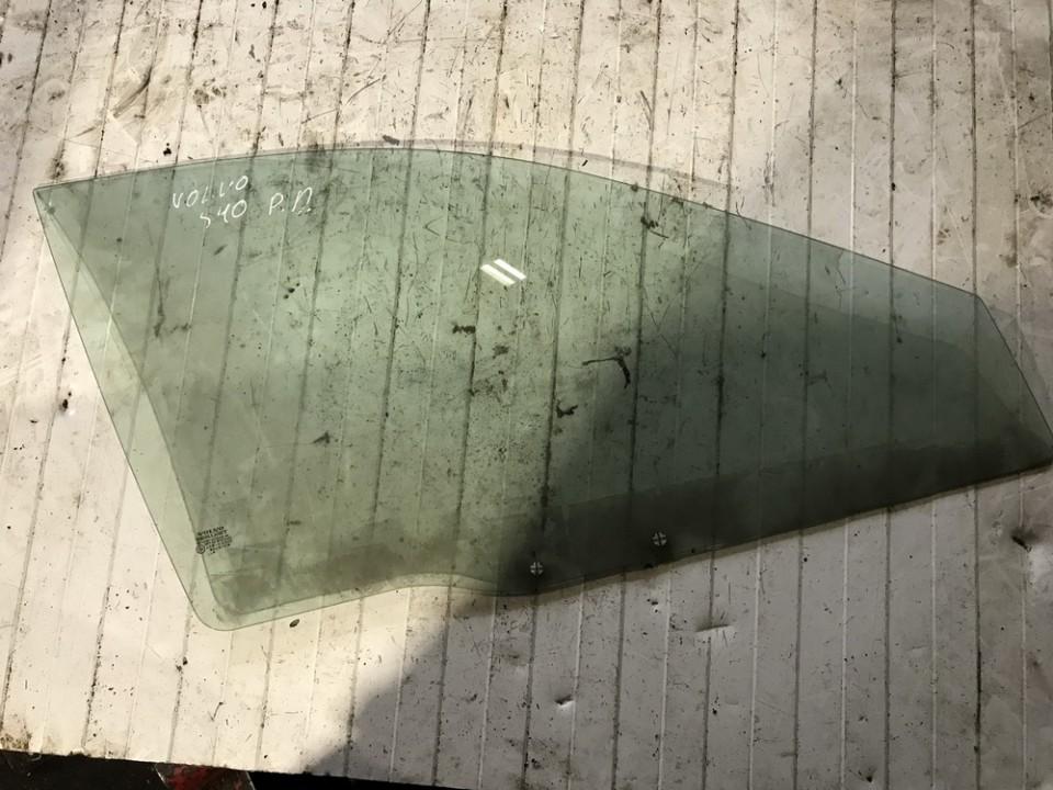 Duru stiklas P.D. Volvo S40 2000    0.0 used