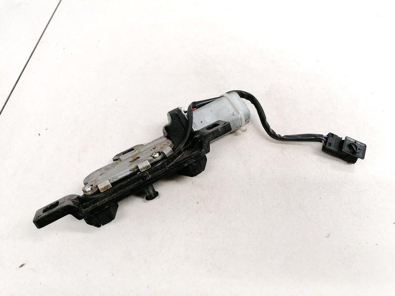 Galinio Dangcio spyna G. (kapoto) BMW 5-Series 2005    0.0 489051060