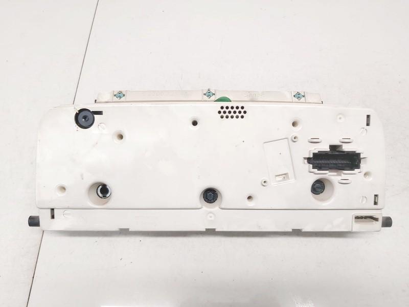 Spidometras - prietaisu skydelis Volkswagen Passat 1995    1.9 3a0919033r