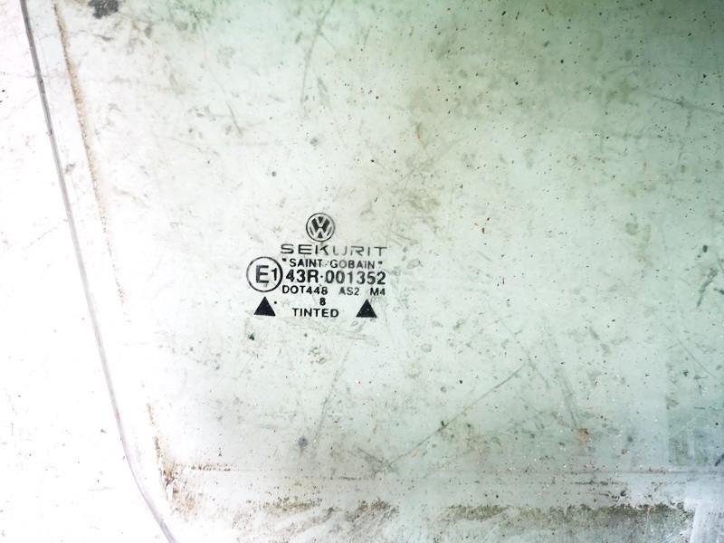Duru stiklas P.D. Volkswagen Golf 2001    0.0 used