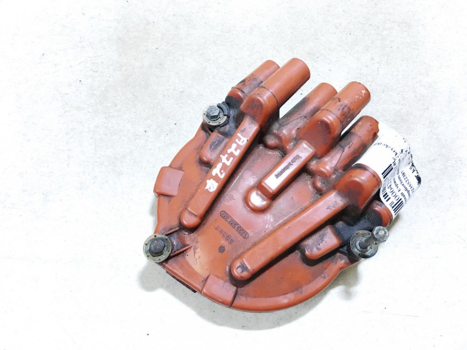 Tramplioriaus dangtelis - kryzke (kibirksties paskirstytojo dangtelis) Renault Espace 1991    2.8 1235522387