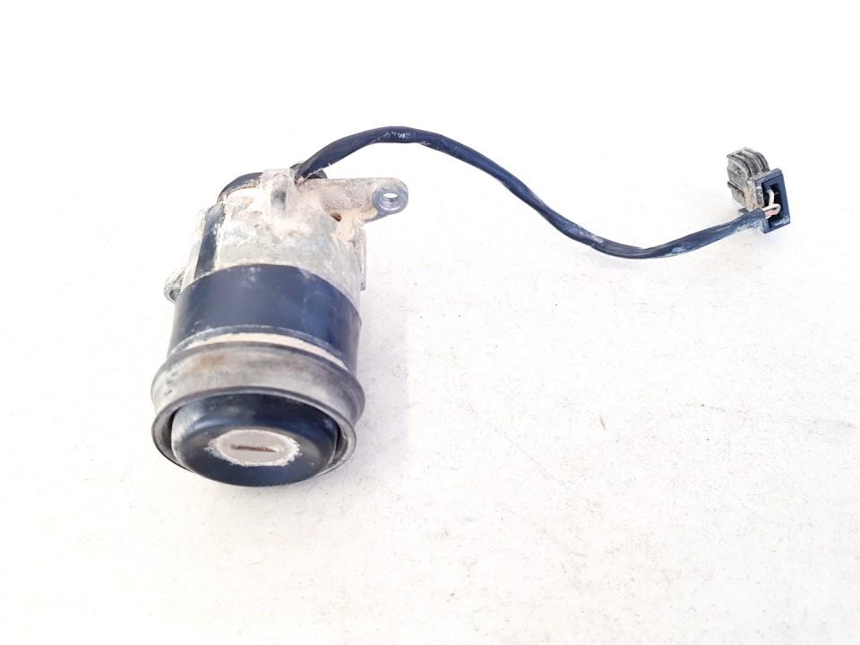 Galinio Dangcio spynele G. (kapoto) Audi A6 1995    2.5 used