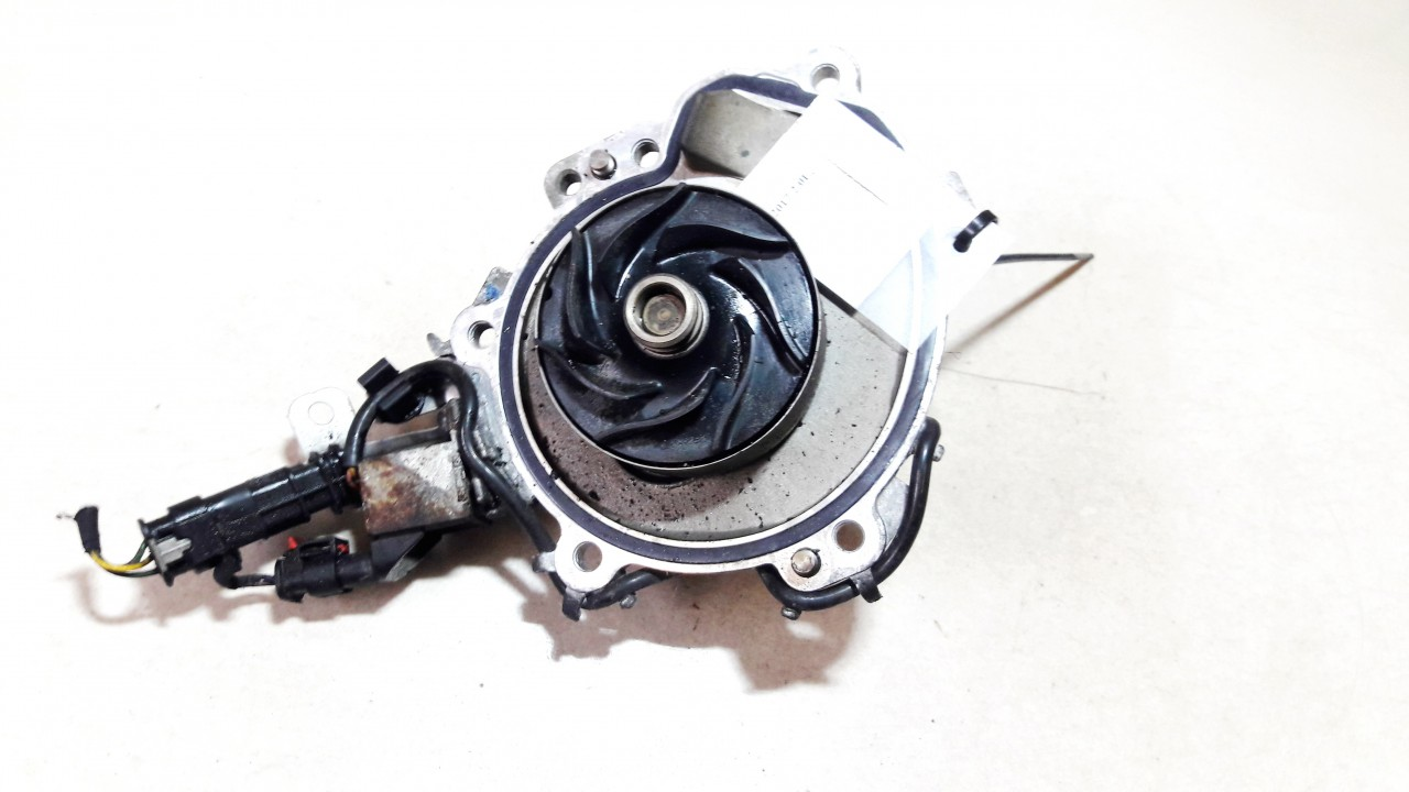 Land-Rover  Discovery Sport Water pump