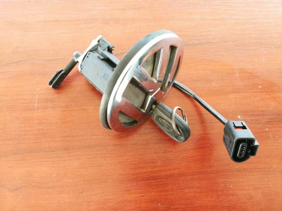 Rear lid lock (BOOT LOCK) 1j5962103 1j5 962 103, 1 J5 827 469 Volkswagen GOLF 2007 1.9