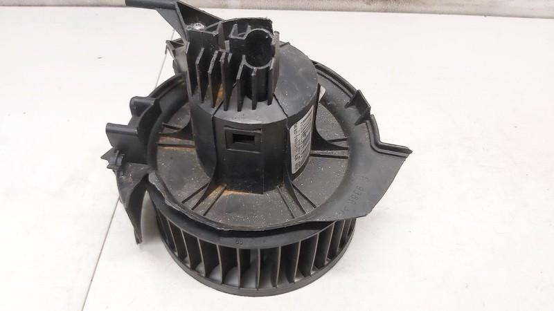 Opel  Zafira Salono ventiliatorius