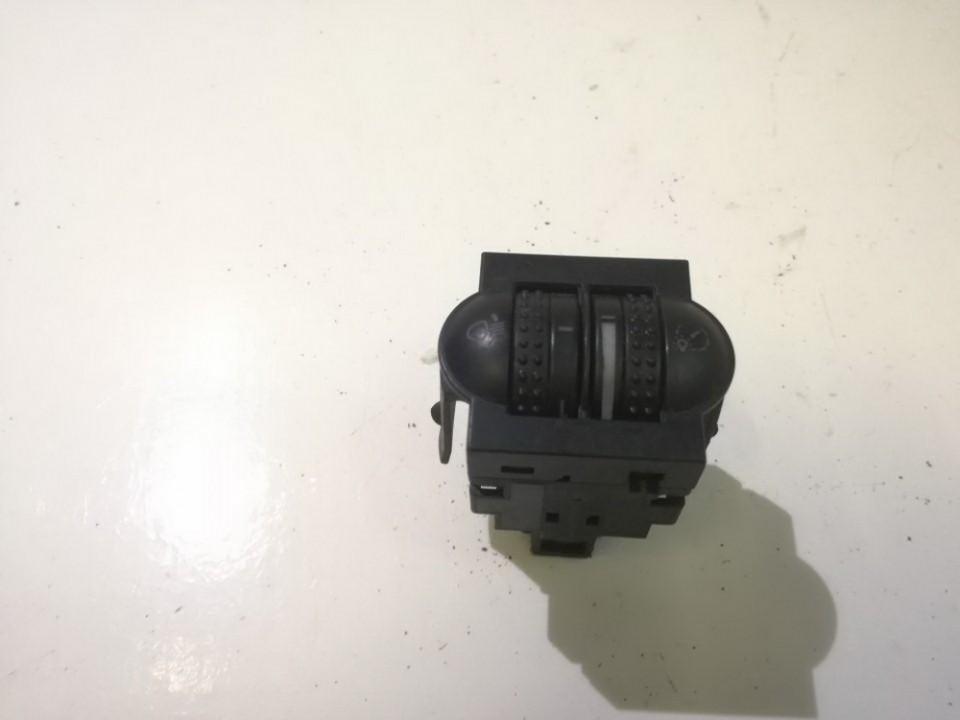 Zibintu aukscio reguliatoriaus mygtukas 3b0941333c used Volkswagen PASSAT 1994 1.9
